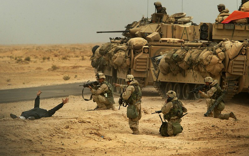 soldiers-army-military-tanks-2464x1648-wallpaper-553449